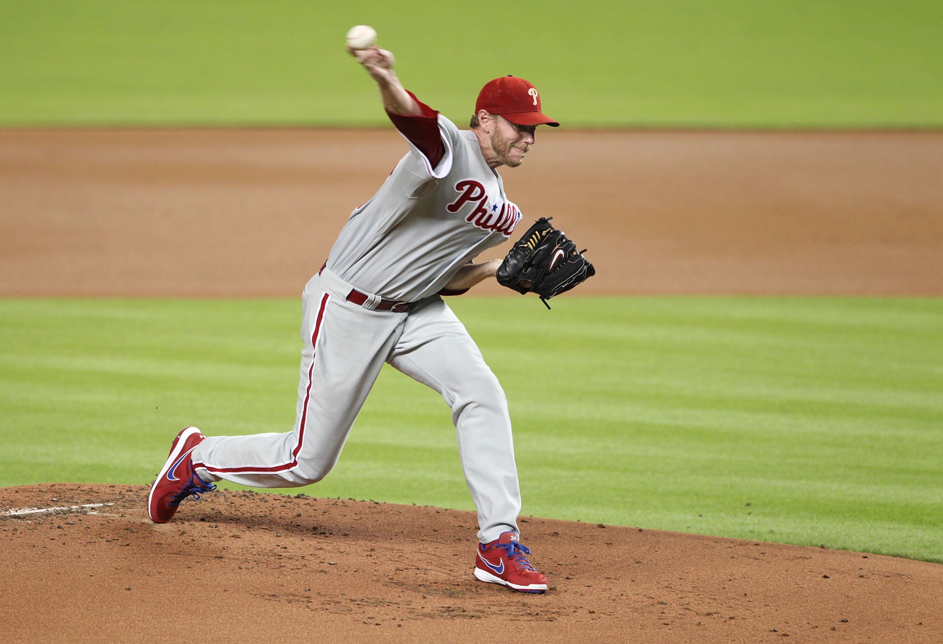 Former MLB pitcher Roy Halladay died Tuesday.