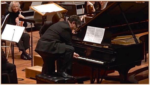 "<a rel=""nofollow"" href=""https://www.youtube.com/watch?v=nsMpaBGJU8c"" target=""_blank"">Jeffrey Biegel – PDQ Bach Concerto</a> f"