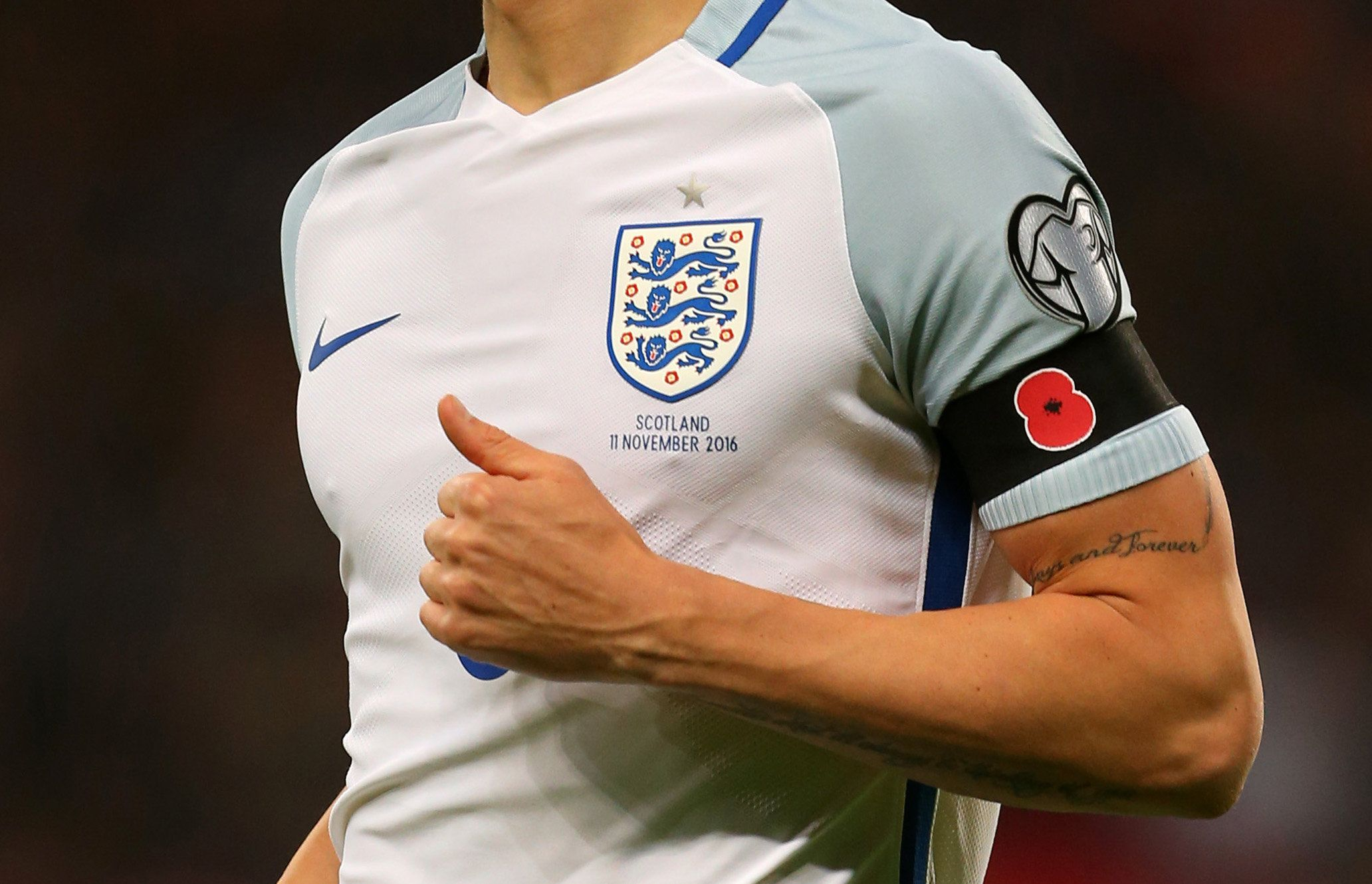 <strong>England and Germany will wear poppy armbands for their friendly ahead of Armistice Day&nbsp;</strong>
