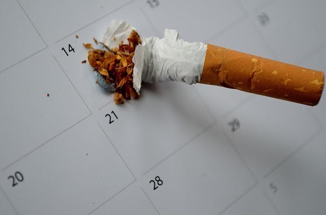 Pros cons cigarettes vs cigarettes Marlboro