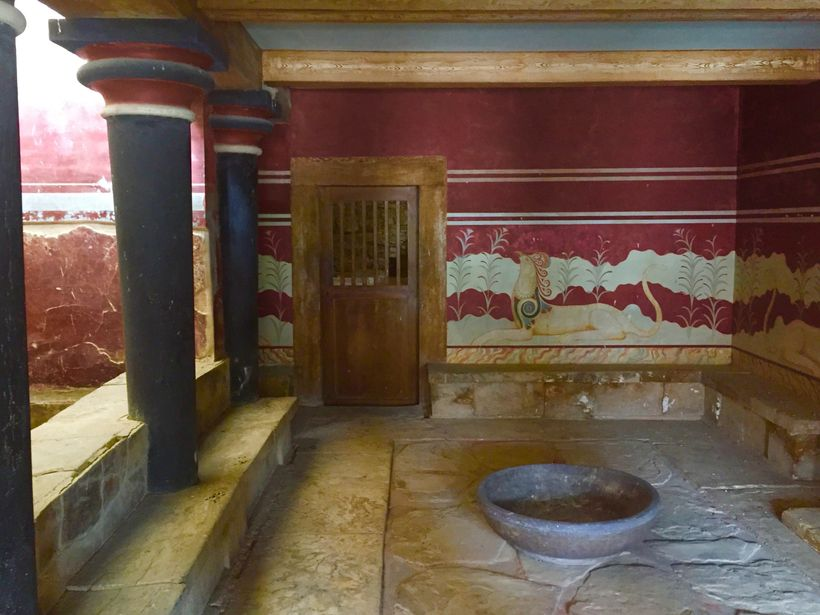 <strong>Stunning Murals&#x2F;Knossos Palace</strong>