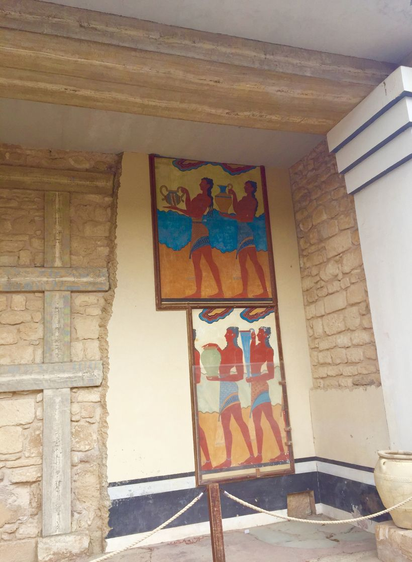 <strong>Artwork By The Illustrious Minoans, Knossos Palace</strong>