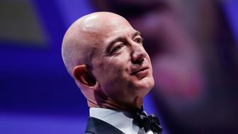 WASHINGTON, DC - OCTOBER 28:  Honoree Jeff Bezos speaks at the 21st Annual HRC National Dinner at the Washington Convention Center on October 28, 2017 in Washington, DC.  (Photo by Paul Morigi/Getty Images)