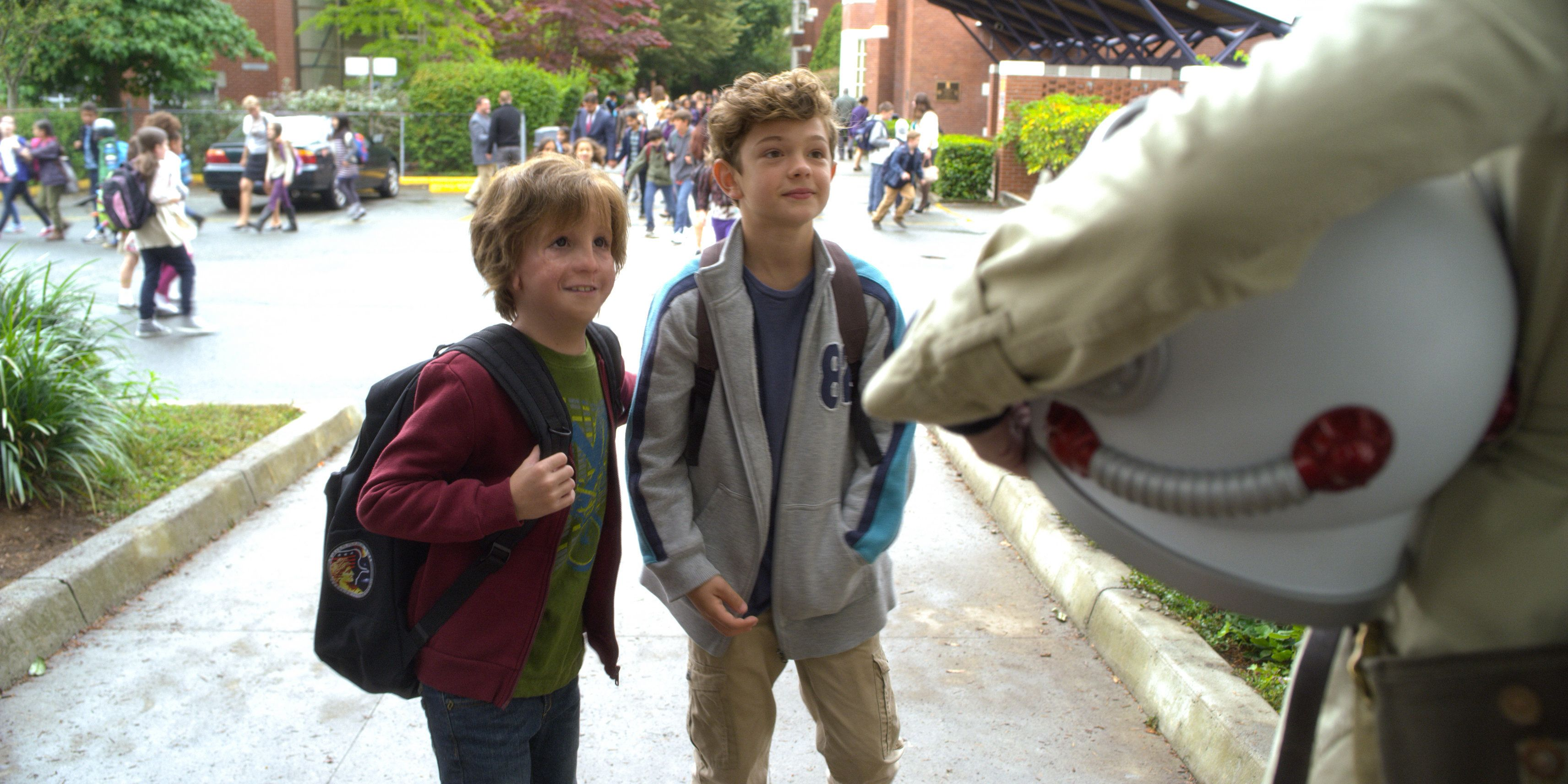 AUGGIE (Jacob Tremblay) and JACK WILL (Noah Jupe) in WONDER. Photo courtesy of Lionsgate Entertainment.