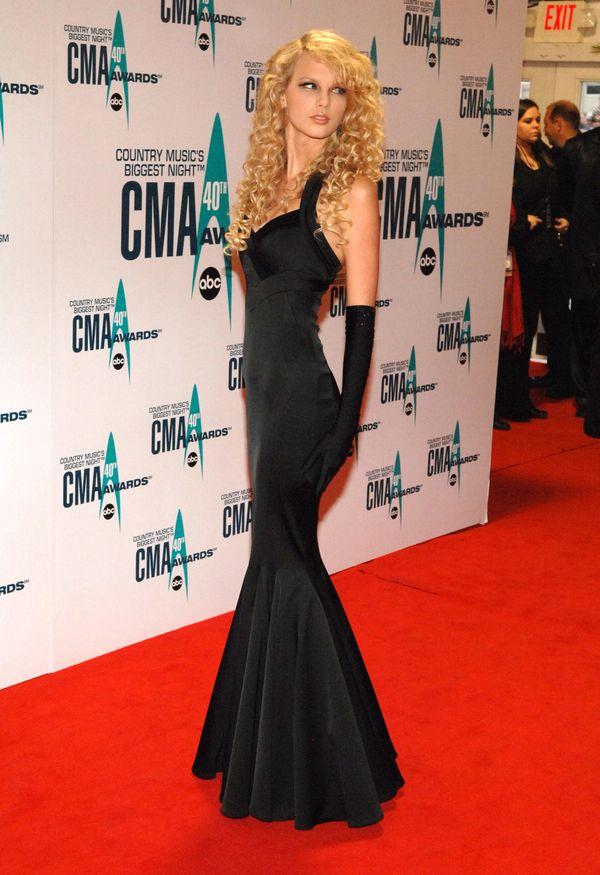 At the 40th Annual CMA Awardsin Nashville.