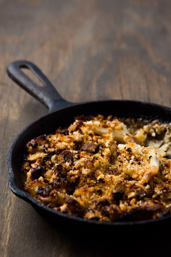 "<strong>Get the <a href=""http://www.dinnerwasdelicious.com/cauliflower-gratin-with-ham-breadcrumbs/"" target=""_blank"">Cauliflo"