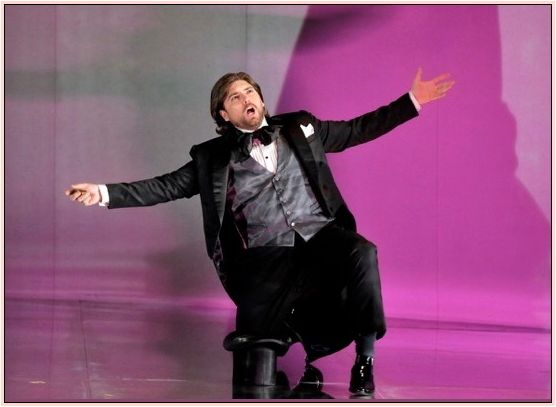 "DAVID PERSHALL – as Lescaut in Massenet's <em>Manon</em>. <a rel=""nofollow"" href=""https://sfopera.com/configs1/CFS-Config"