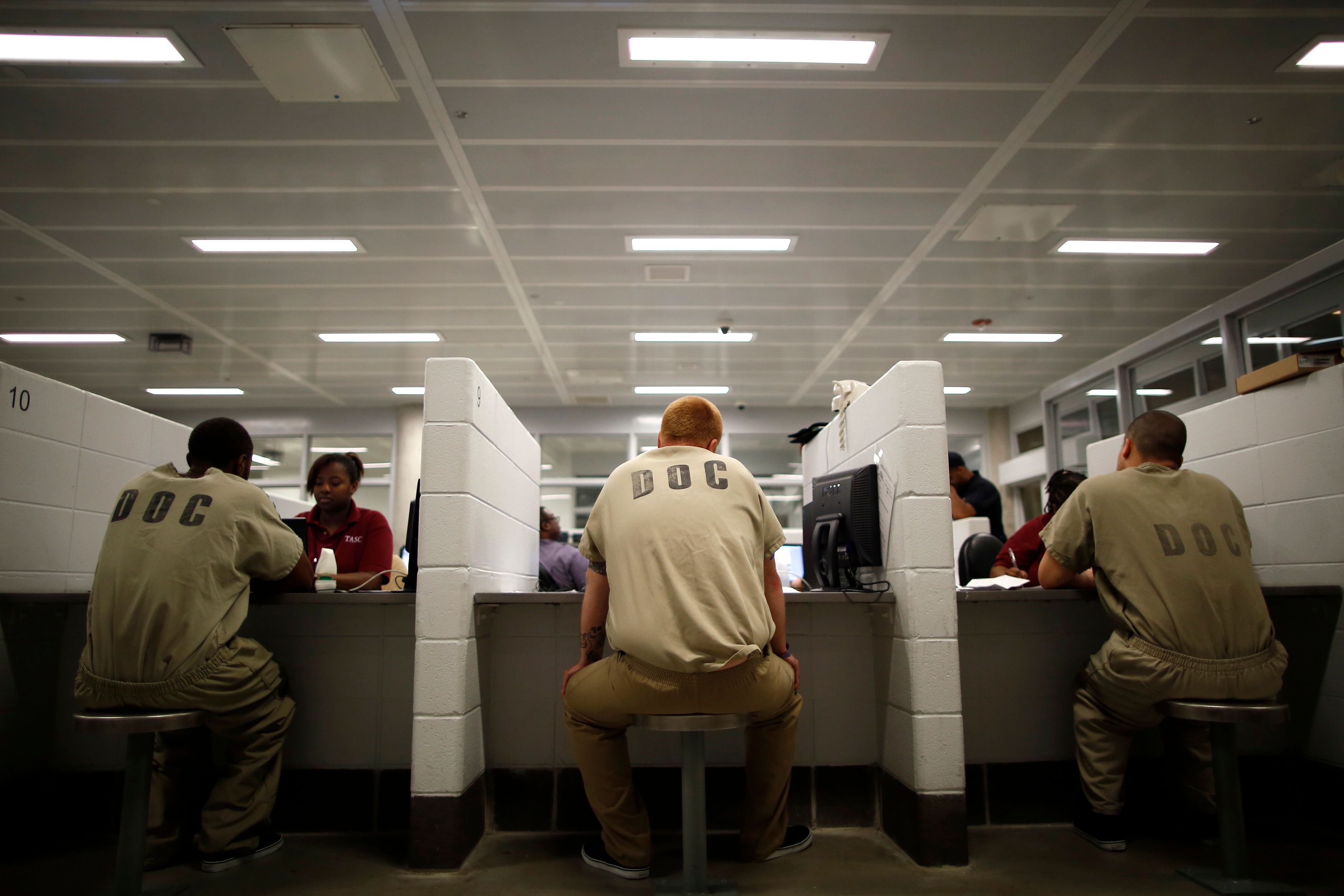 Inmates are processed at the Cook County Jail in Chicago, Illinois, May 20, 2014. More than 5,000 jail inmates have signed up for Medicaid under a program that lets them apply while incarcerated. Picture taken May 20, 2014. REUTERS/Jim Young (UNITED STATES - Tags: HEALTH)