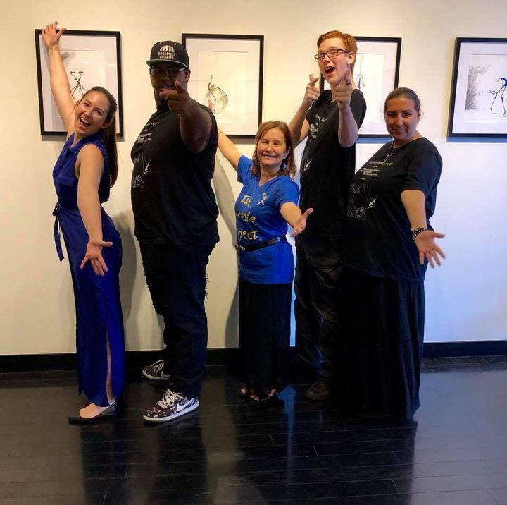 <p>Hannah Warren, Domonique Brown, Elaine Hall, Coby Bird, Harlee Davenport at GP Deva Gallery in Beverly Hills. Artist Karolina Adams</p>