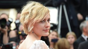 CANNES, FRANCE - MAY 21:  Actor Greta Gerwig attends 'The Meyerowitz Stories' premiere during the 70th annual Cannes Film Festival at Palais des Festivals on May 21, 2017 in Cannes, France.  (Photo by Stephane Cardinale - Corbis/Corbis via Getty Images)