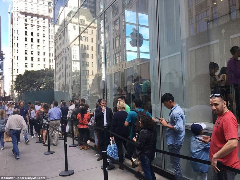 Lines for iPhone X