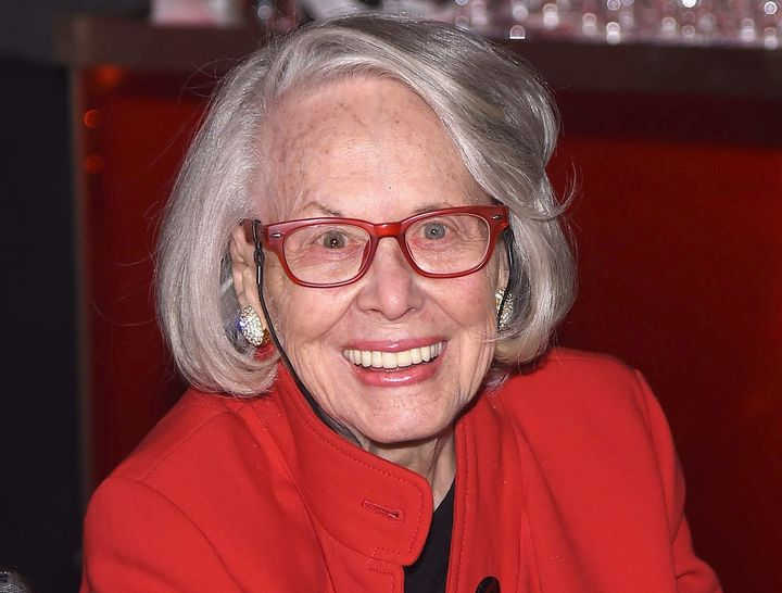 New York gossip columnist Liz Smith chronicled the lives of Hollywood and Broadway stars, along with moguls, models and the w