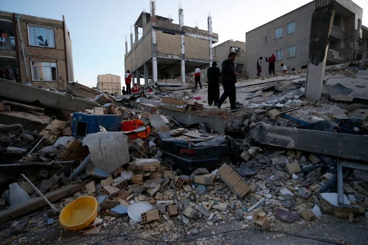Powerful Earthquake Hits Border Between Iran And Iraq, Killing At Least