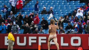 ORCHARD PARK, NY - NOVEMBER 12: (EDITORS NOTE: Image contains nudity.) A streaker runs on the field during the fourth quarter between New Orleans Saints and Buffalo Bills on November 12, 2017 at New Era Field in Orchard Park, New York.  (Photo by Tom Szczerbowski/Getty Images)