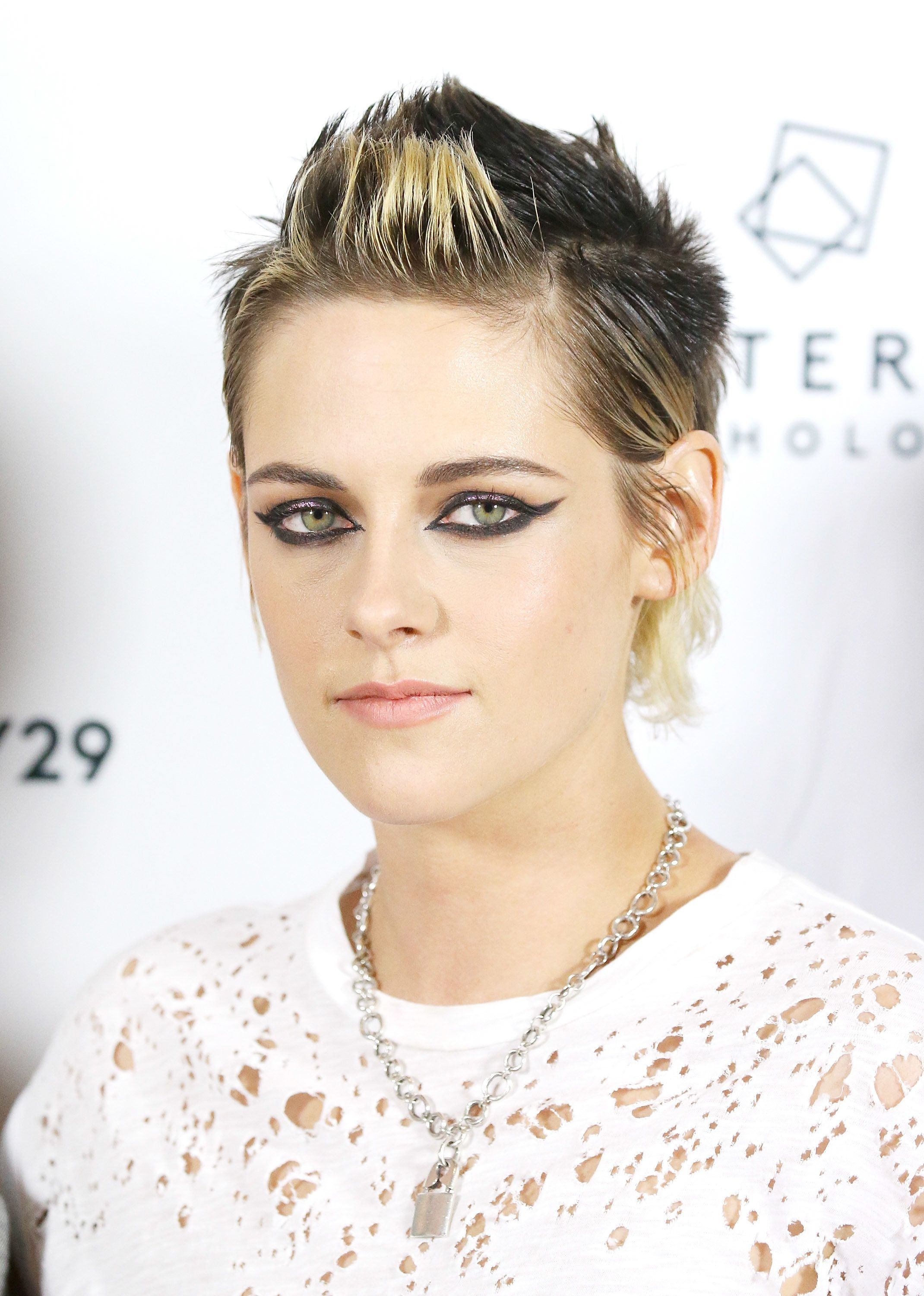 Kristen Stewart's Mullet With Frosted Tips Is Quite The
