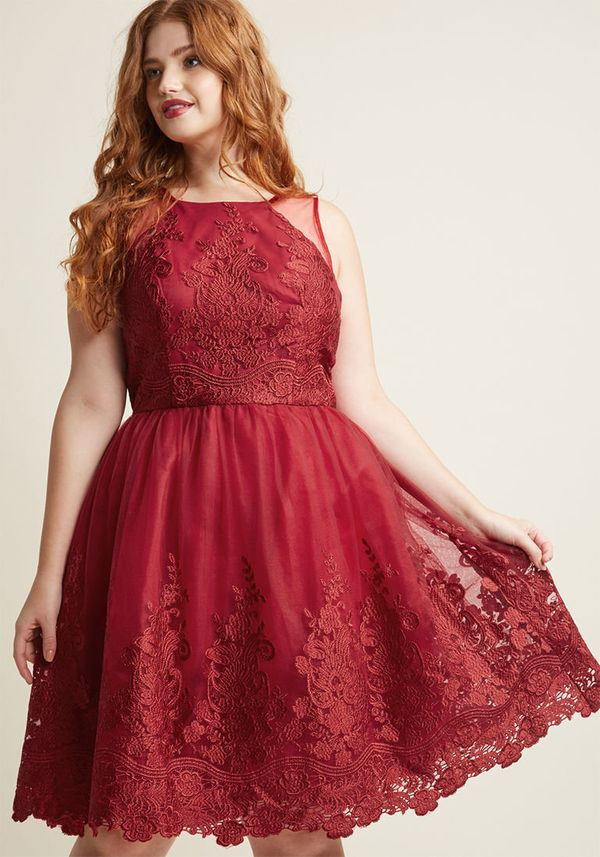 """From <a href=""""https://www.modcloth.com/shop/vintage-wedding-style/chi-chi-london-radiant-reunion-lace-dress/144759.html?dwvar"""