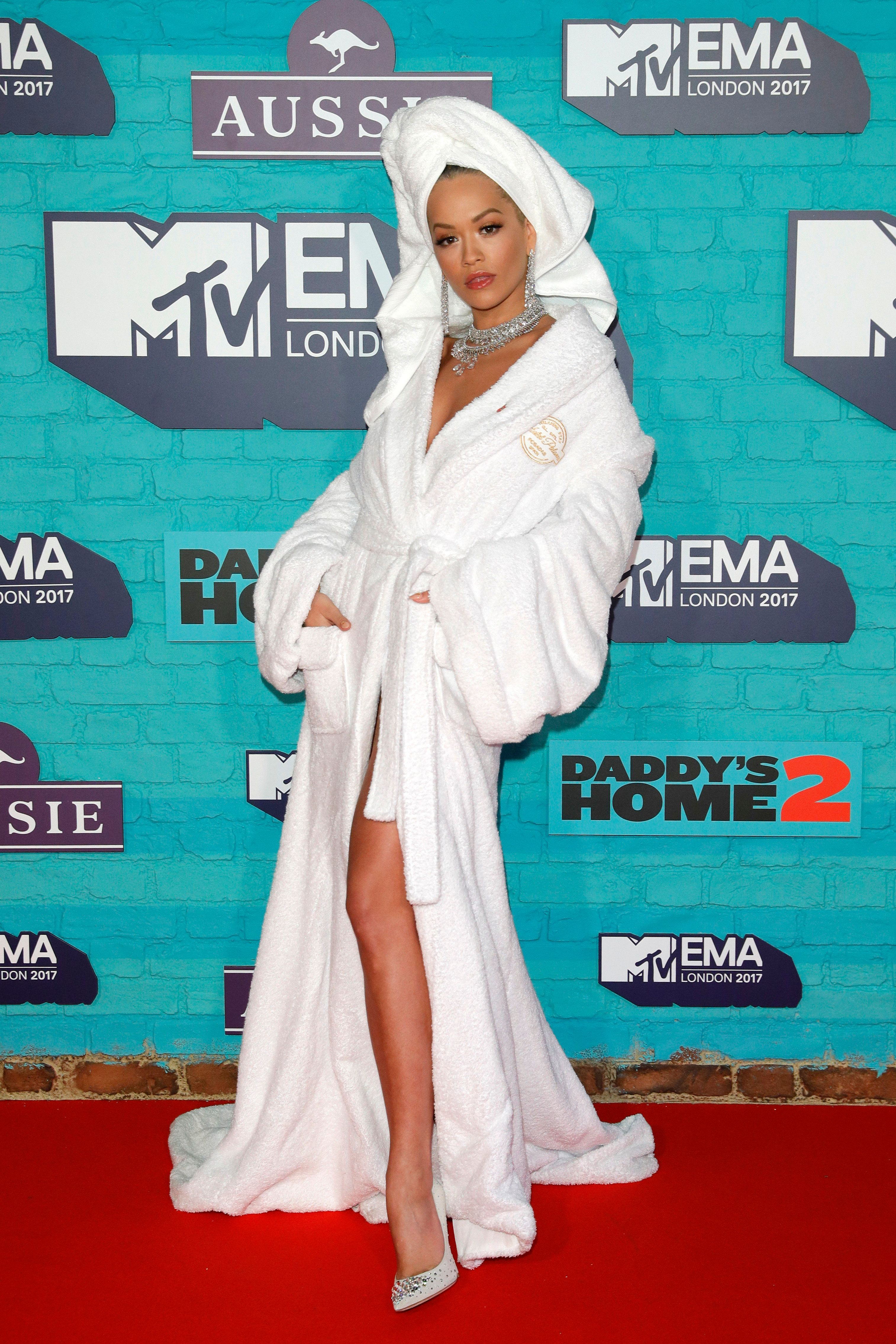 LONDON, ENGLAND - NOVEMBER 12:  Rita Ora attends the MTV EMAs 2017 held at The SSE Arena, Wembley on November 12, 2017 in London, England.  (Photo by Andreas Rentz/Getty Images for MTV)