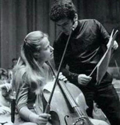 Jacqueline Du  Pré  and Daniel Barenboim
