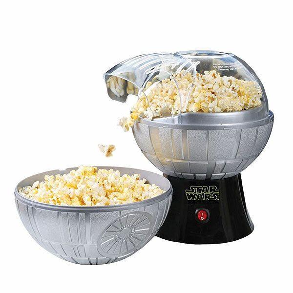 "<a href=""https://www.amazon.com/Star-Rogue-Death-Popcorn-Maker/dp/B01I3EH6FQ?tag=thehuffingtop-20"" target=""_blank"">Buy it her"