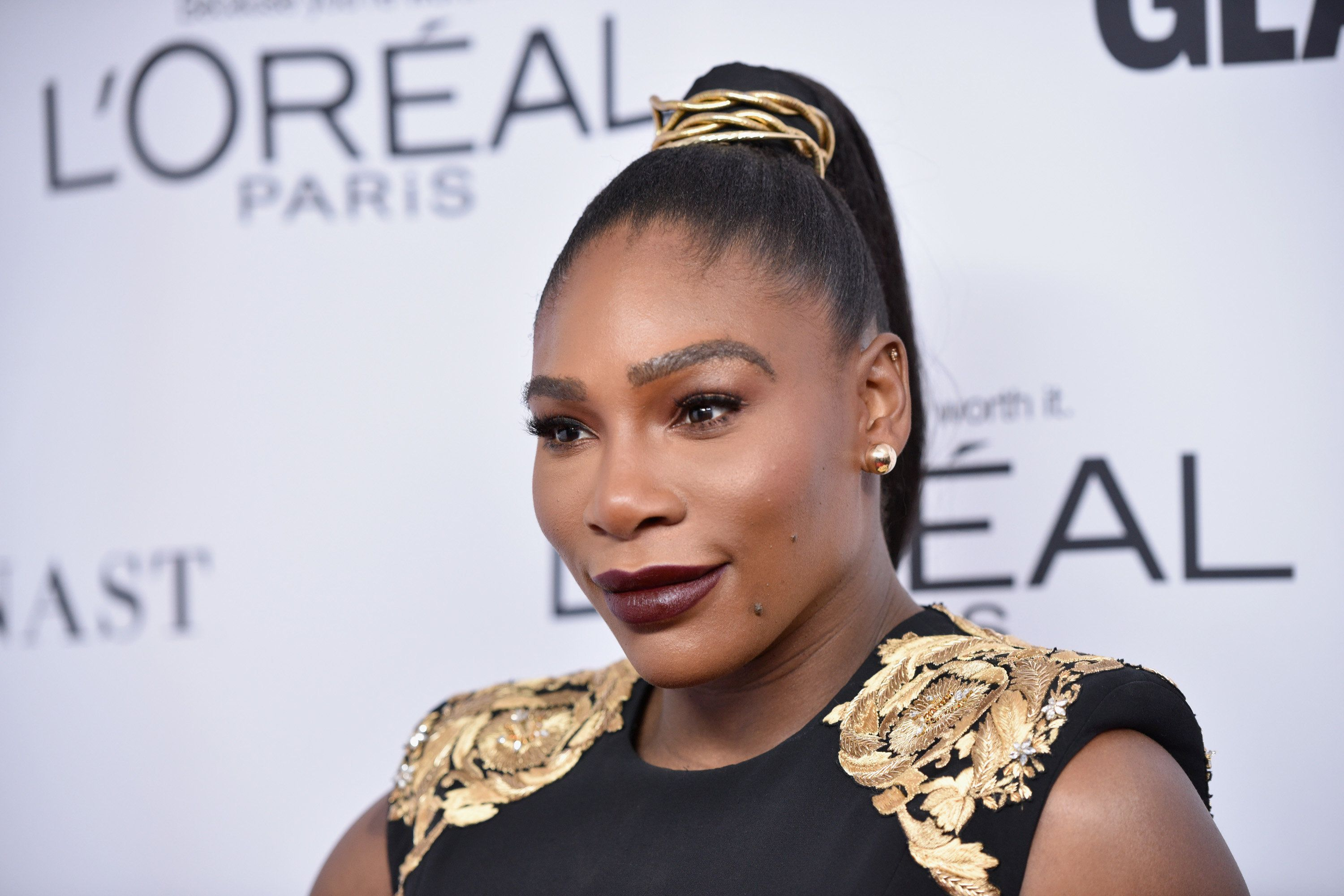 Serena Williams makes post-pregnancy red carpet comeback in Versace