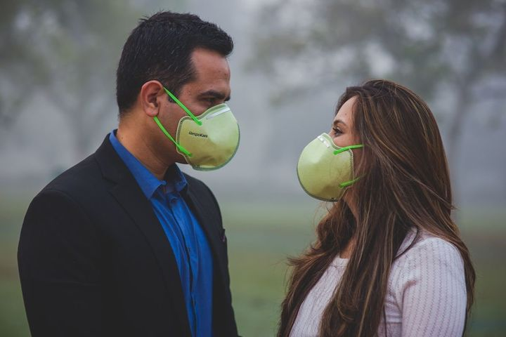 Face masks helped the couple breathe better in the polluted New Delhi air.