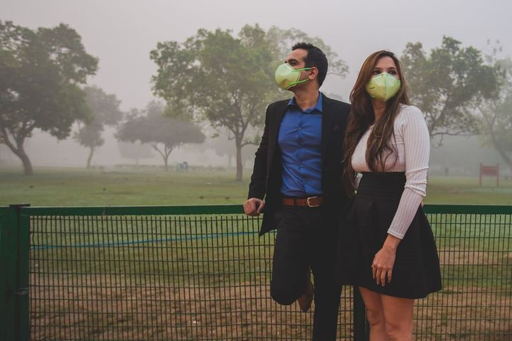 The photos haven't been retouched — this is what the smog looks like in New Delhi.