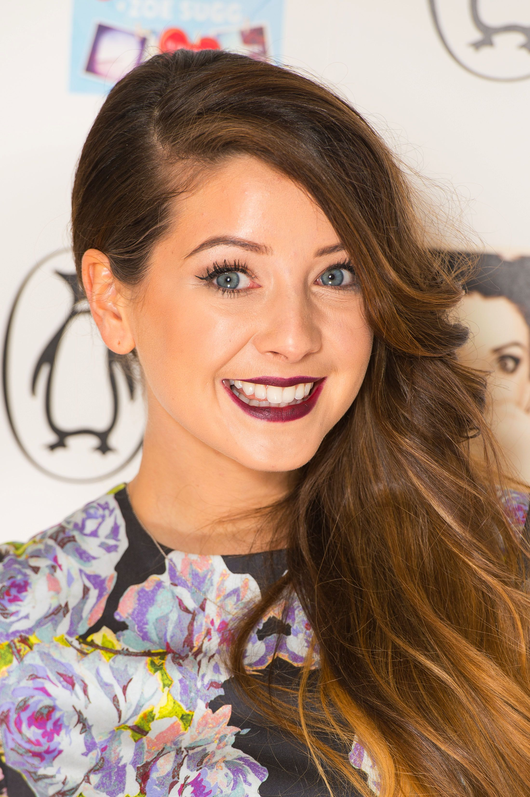 YouTube Star Zoella Faces Calls To Apologise After 'Homophobic' And Fat-Shaming Tweets Are