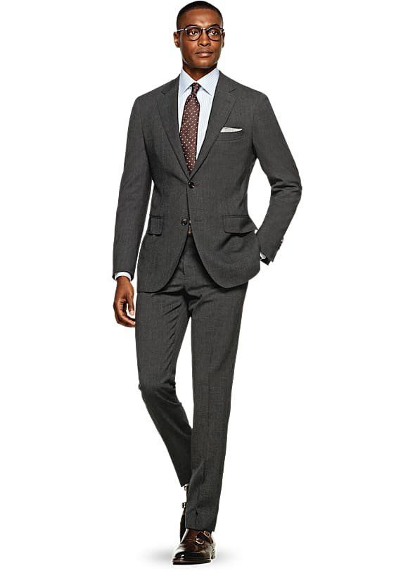 "<a href=""https://us.suitsupply.com/en_US/home"" target=""_blank"">Suit Supply</a> fittingly specializes in suits, and it offers"