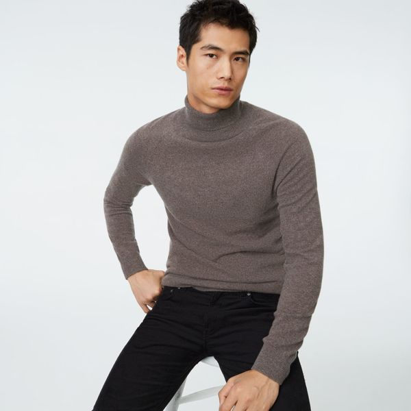 "Whether you're looking for sweaters, blazers, shirts or casual loungewear, <a href=""http://www.clubmonaco.com/home/index.jsp?"