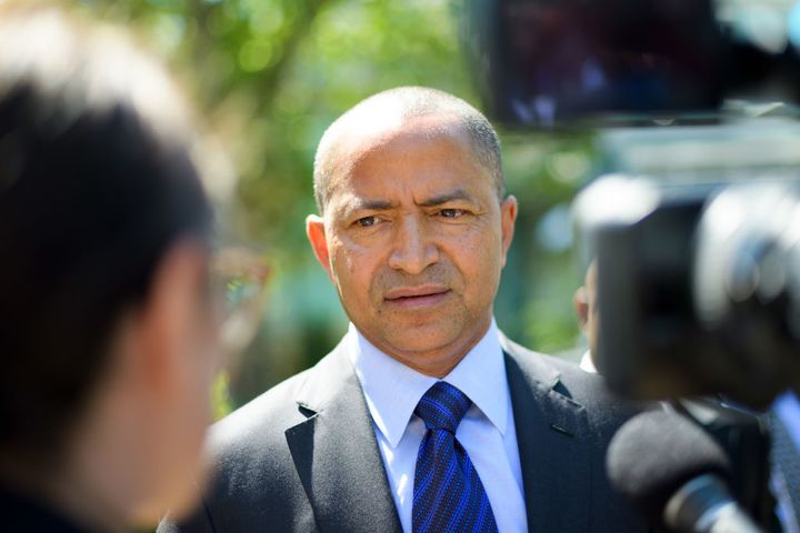 DR Congo's prominent opposition politician Moise Katumbi (C) speaks to the press