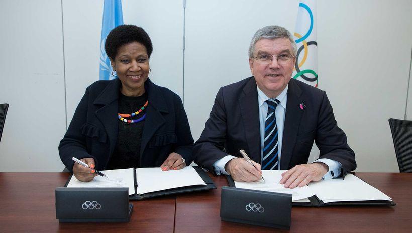 """<a rel=""""nofollow"""" href=""""http://www.unwomen.org/en/news/in-focus/women-and-sport"""" target=""""_blank"""">UN Women</a> Executive Direc"""