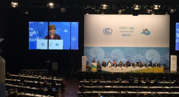 <p>First Minister of Scotland Nicola Sturgeon addressing COP23</p>