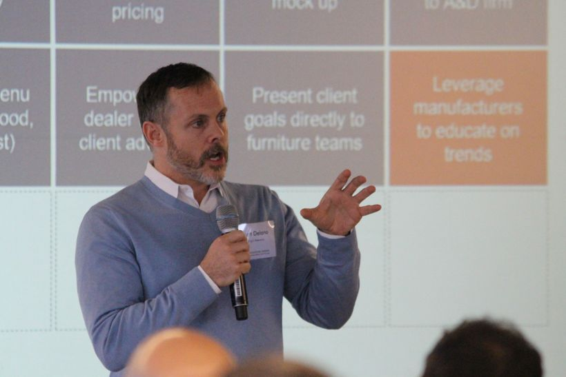 Scott Delano (Wright Heerema), panelist at the Chicago 2.0 Forum explains his personal experiences with toolkit ideas.
