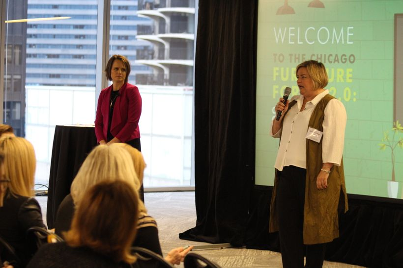 Julie Deignan (CBRE) and Amanda Schneider (CCG) kick off the 2.0 Forum in Chicago.