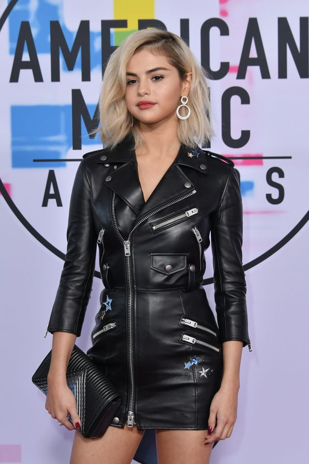 Selena Gomez Surprises Fans With New Blonde 'Do At The American Music