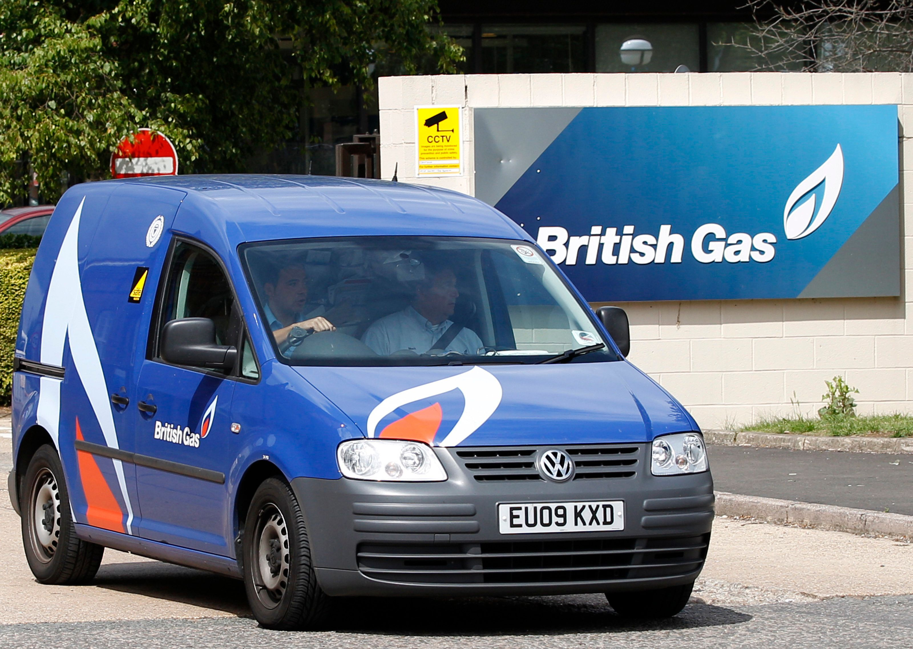 British Gas owner Centrica has said it will scrap standard gas and electricity tariffs for new