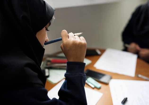 Ofsted To Quiz Muslim Girls About Why They Wear Hijabs In School, Should Parents Be Involved In These