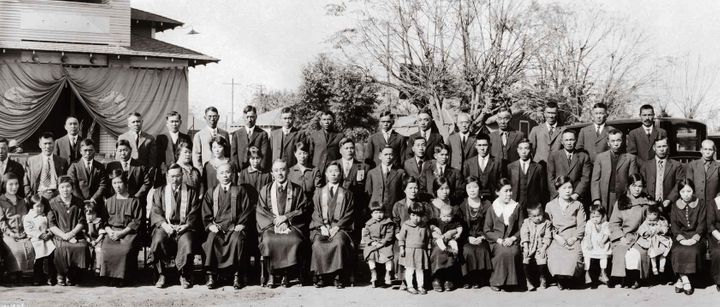 The congregation of Bakersfield Buddhist Church in Bakersfield, California, November 19, 1925.