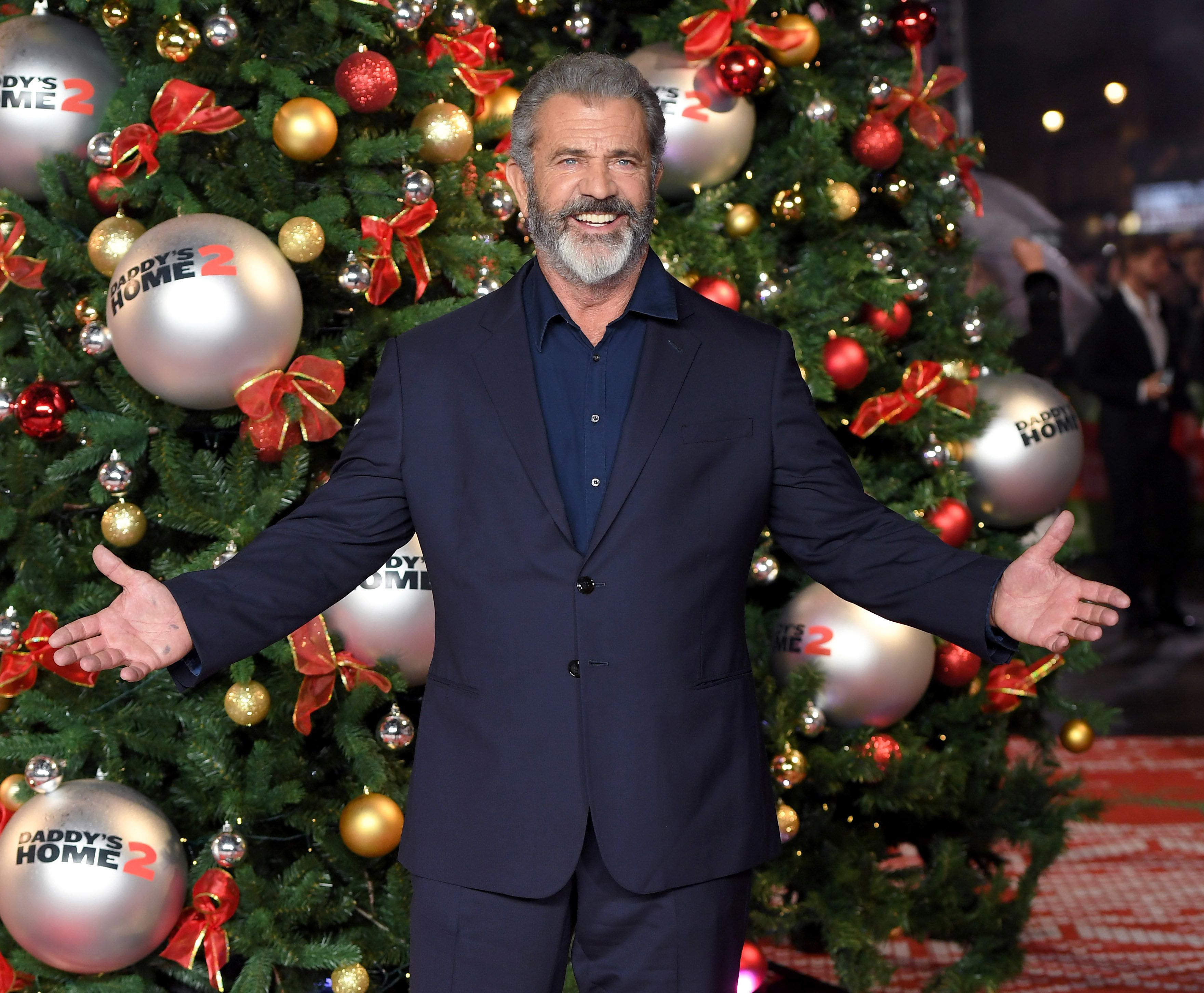 LONDON, ENGLAND - NOVEMBER 16:  Mel Gibson attends the UK Premiere of 'Daddy's Home 2' at Vue West End on November 16, 2017 in London, England.  (Photo by Karwai Tang/WireImage)