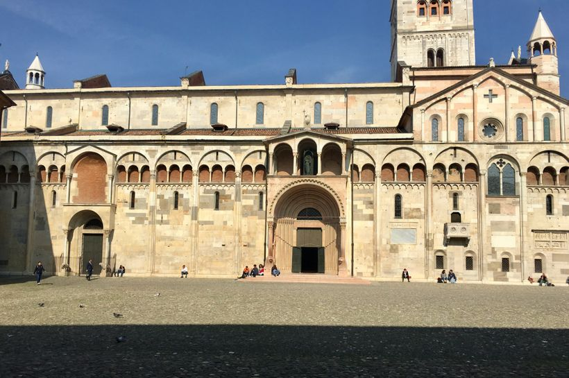 The south façade of Modena cathedral, on Piazza Grande