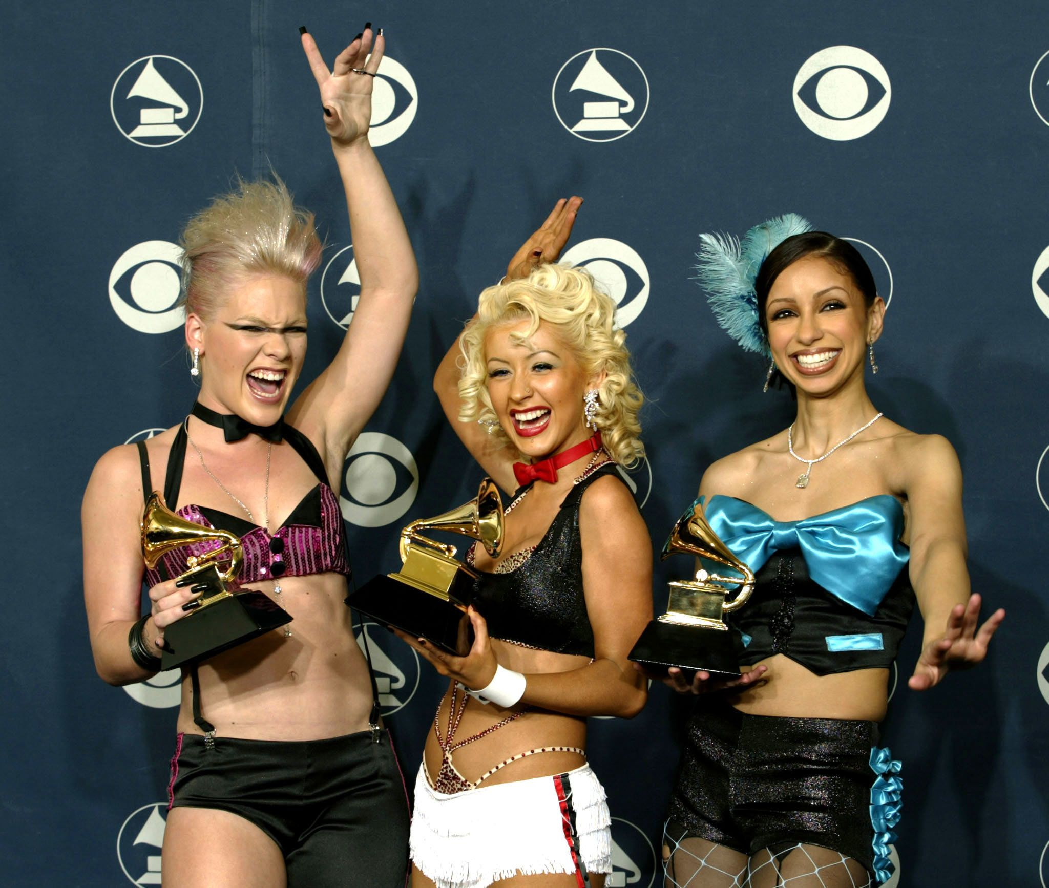Pink shuts down Christina Aguilera feud rumours