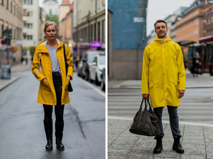Raincoats in classic yellow.