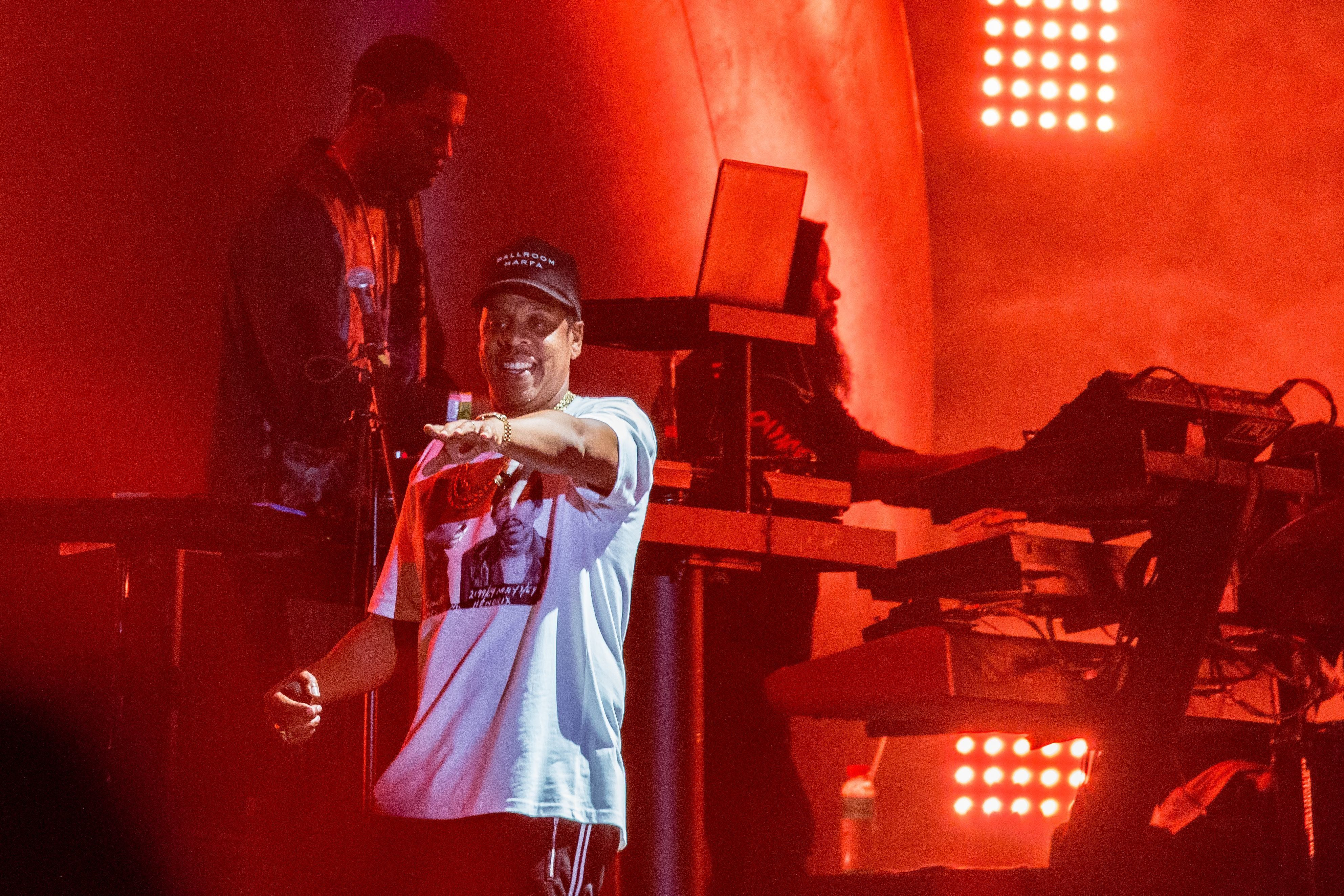 Jay-Z Stops Concert To Give Empowering Message To 9-Year-Old Girl