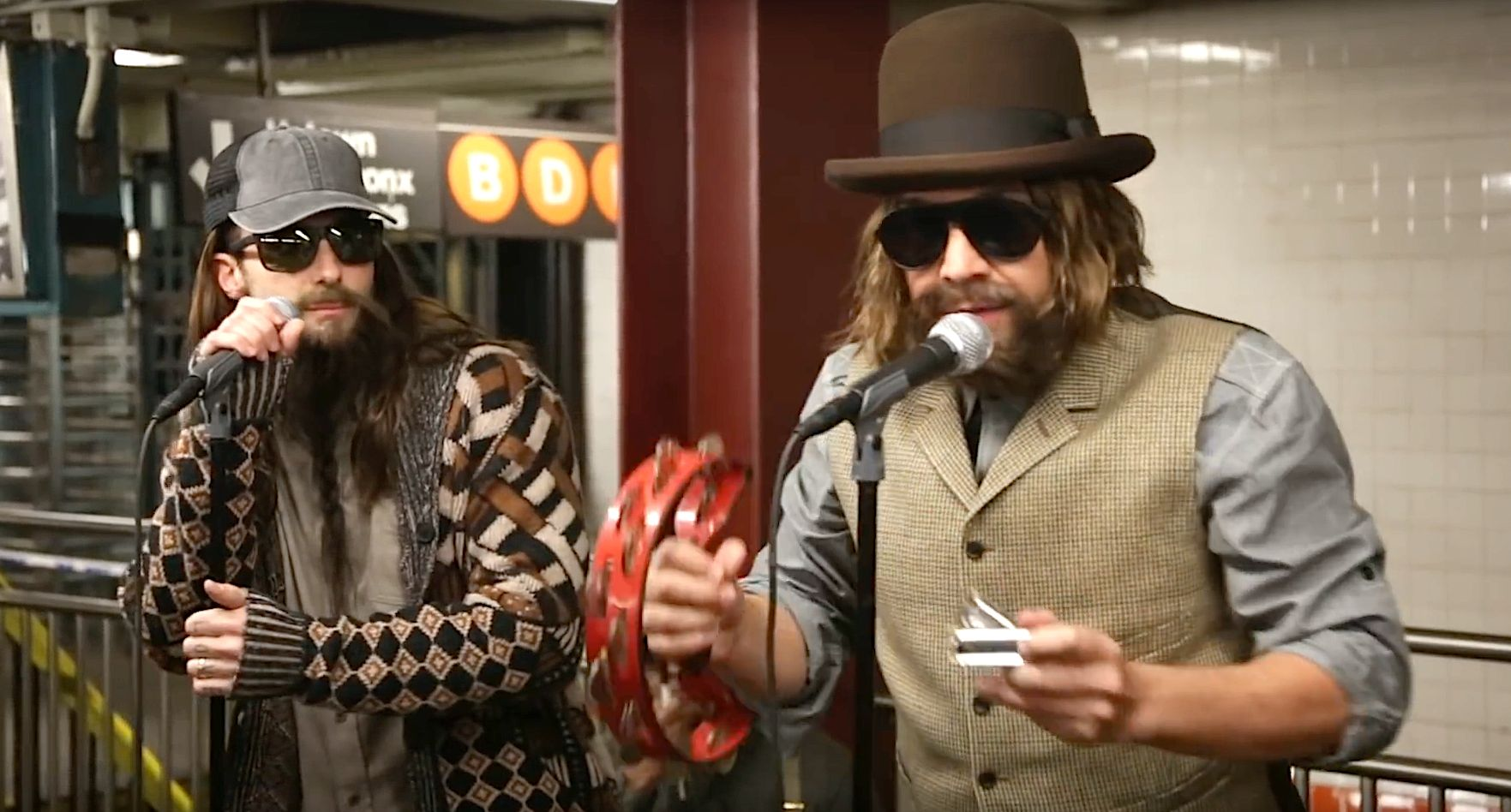 Maroon 5 And Jimmy Fallon Surprise Commuters With Undercover Busking