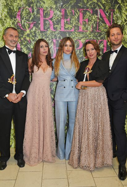 Orange Fiber and Newlife awarded for Technology and Innovation, presented by Mira Duma (centre) and Derek Blasberg (right)