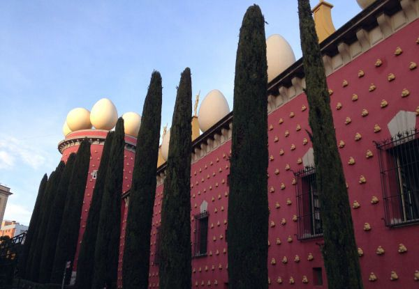 """Visit the Salvador Dalí museum and you'll completely avoid the queues. Photo from <a href=""""https://www.costabravalifestyle.com/activities/salvador-dali-triangle/"""">Costa Brava Lifestyle</a>."""