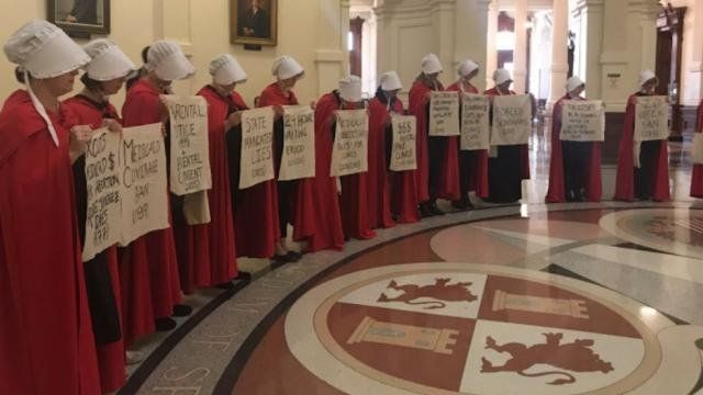 Protesters dressed like characters from The Handmaids Tale demonstrate against Texas restrictions on abortion