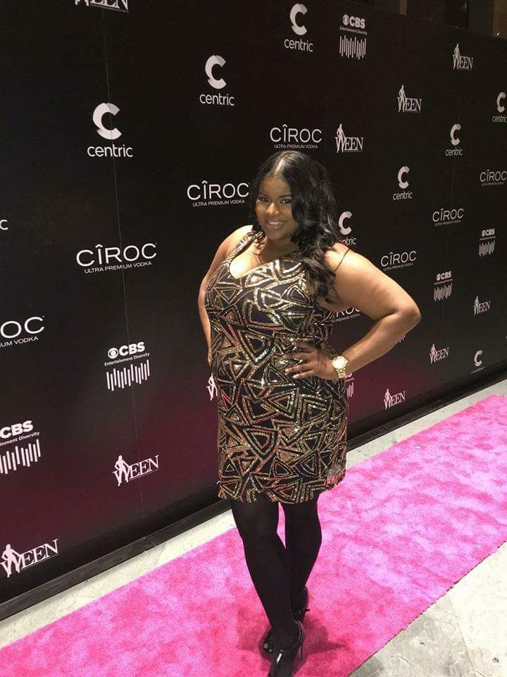 Syreta J. Oglesby strikes a pose after working the Pink Carpet at the 2015 WEEN Awards