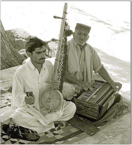 Sindhi ghazal at Kot Digi