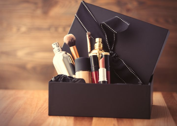 These Cyber Monday Subscription Box Deals Are Gifts That Keep On Giving Huffpost Life